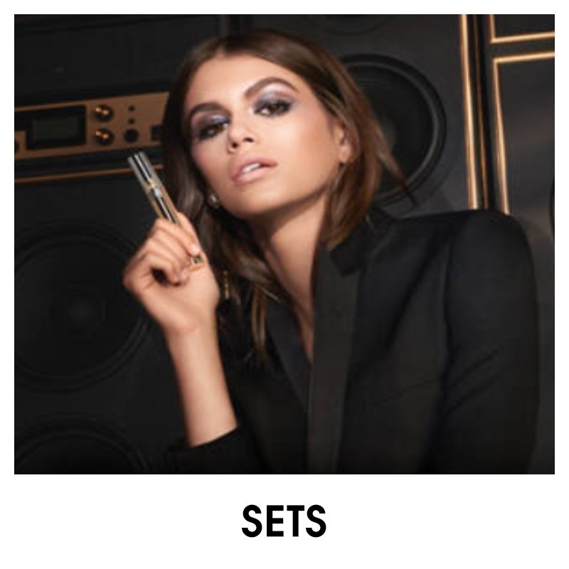 Yves Saint Laurent Sets
