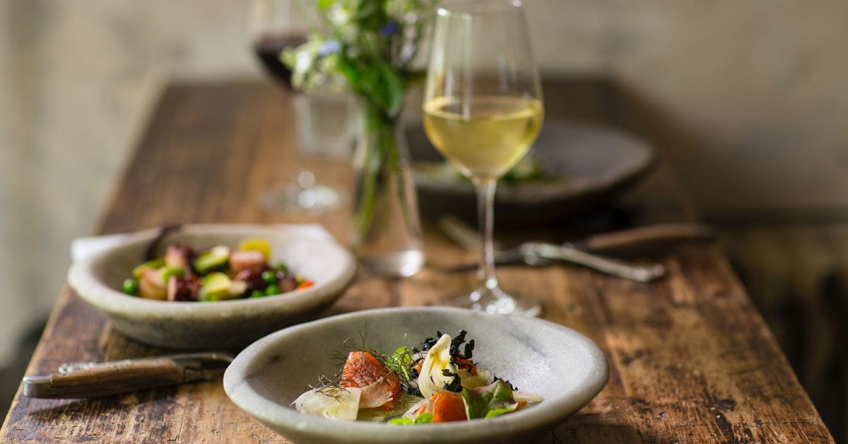 An Air Sommelier's Guide to Wine Pairing | The Edit by KrisShop